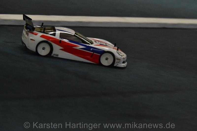 HRC-Design an einer Corvette - das kann nur Tobias Schwarze und sein Yokomo sein.