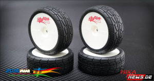Sweep Racing -HYDROEDGE- Regen-Reifen_0001