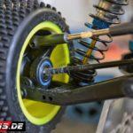 2016lacgera_chassisfokus_teamassociatedb6d-11