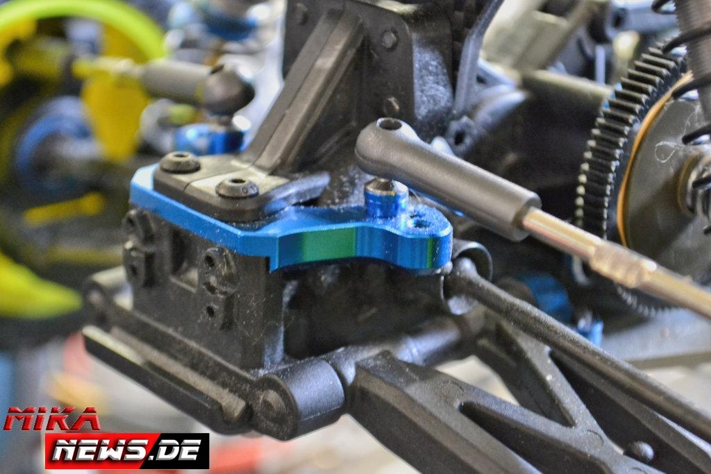 2016lacgera_chassisfokus_teamassociatedb6d-43