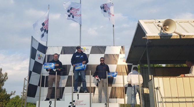 T4 und X1 gewinnen beim ETS Warm-up Race