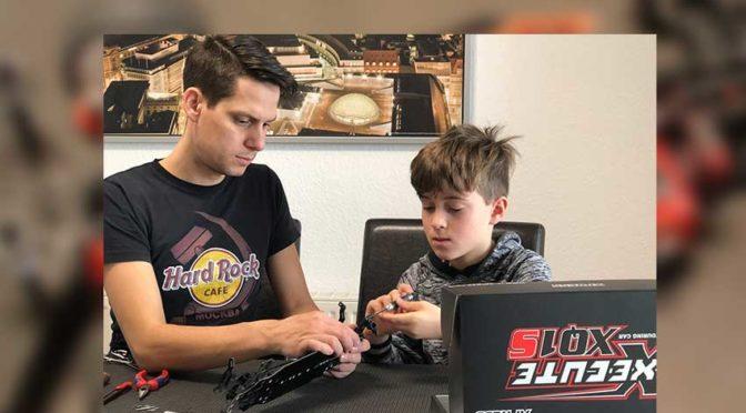 Gemeinsam Spaß am Hobby – Moritz baut mit seinem Papa am Xpress XQ1S