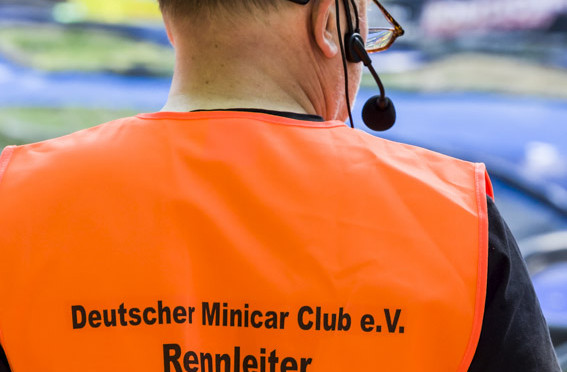 DEUTSCHE MEISTERSCHAFT MONSTER / SHORT COURSE 2015 IN POTSDAM – Die ersten Finals