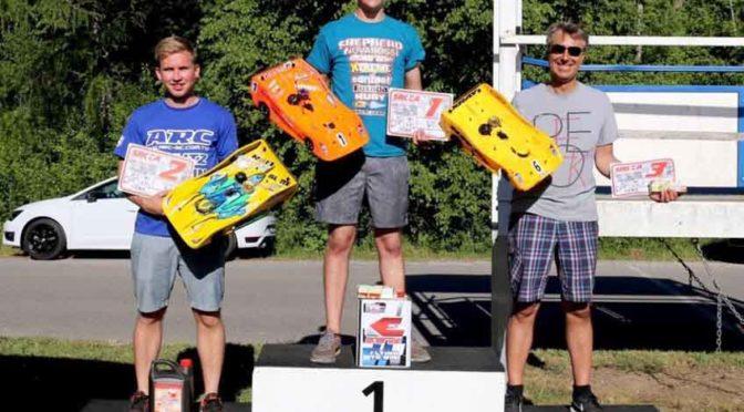 XRAY NT1 und RX8 auf dem Podium der Swiss National Championship R3