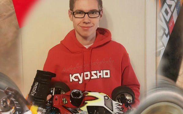 Marcel Paul verlängert bei Team Kyosho Europe