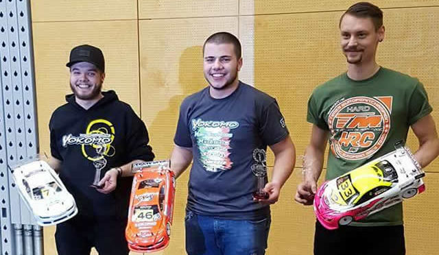 Renato Isler / Team Magic E4RS4 auf dem Podium der Swiss Indoor Championship Round 4