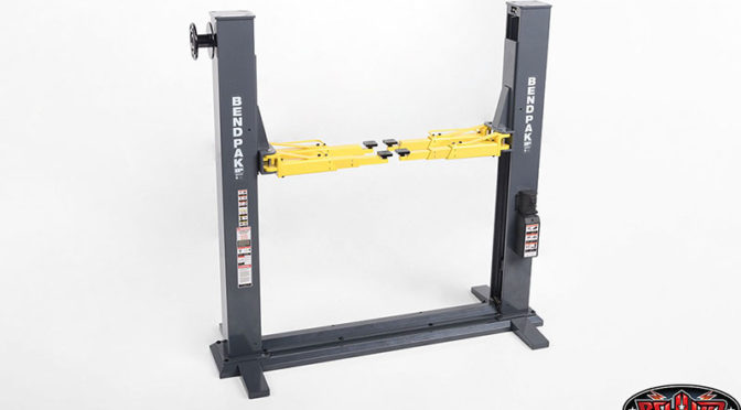 "Hoch mein ""Kleiner"" – RC4WD 1/10 BendPak XPR-9S Two-Post Auto Lift"