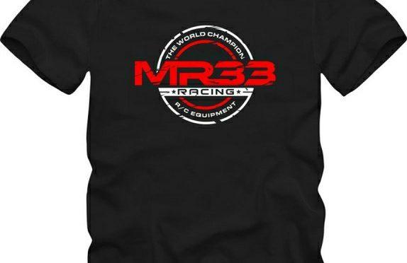 Frischer Look – T-Shirt von MR33