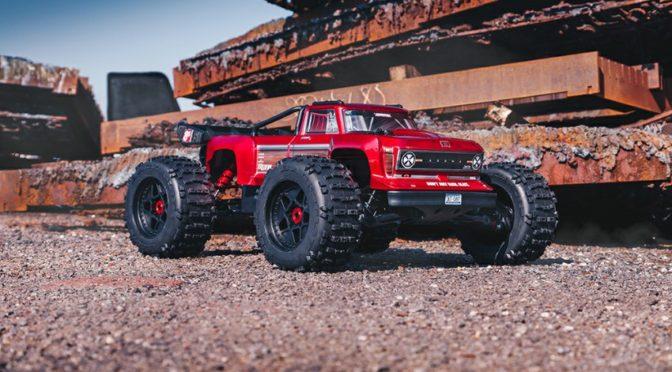 ARRMA® OUTCAST™ 1/5 8S BLX 4WD STUNT  TRUCK RTR