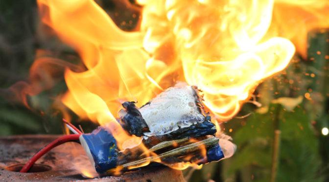 Lipo-Akkus sind brandgefährlich – Bitte beachten