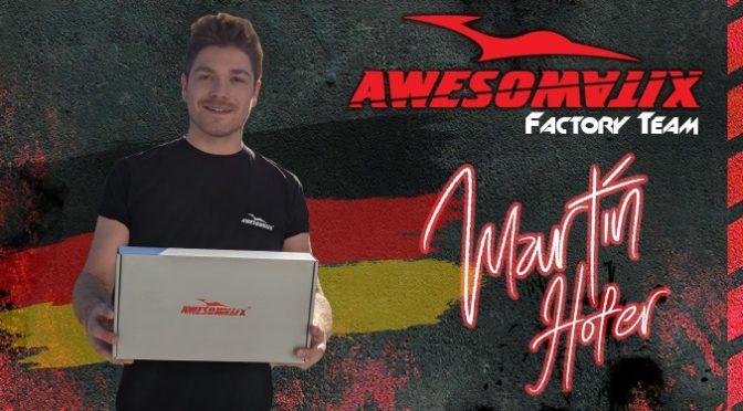 Martin Hofer unterschreibt bei Awesomatix
